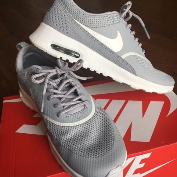 huge discount 1e960 9bd01 Nike Gray Air Max Thea. Nike. M 5c2485a89fe486e73ba28ee7.  M 5c2485a9e944ba1d0d4e058c. M 5c2485aa45c8b3043eee0e73.  M 5c2485ac12cd4a0d8cc2fc04